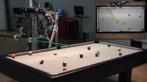 Ένα ρομπότ που δε ...χάνει στεκιά στο μπιλιάρδο